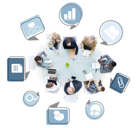 비즈니스 문제를 논의하는 비즈니스 사람들의 그룹 스톡 콘텐츠