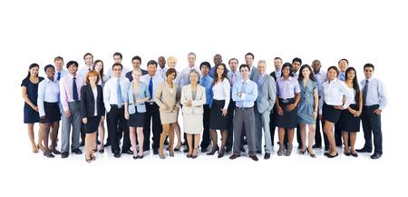 gente exitosa: Grupo grande de hombres de negocios