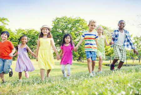 Kinderen in het Park Stockfoto