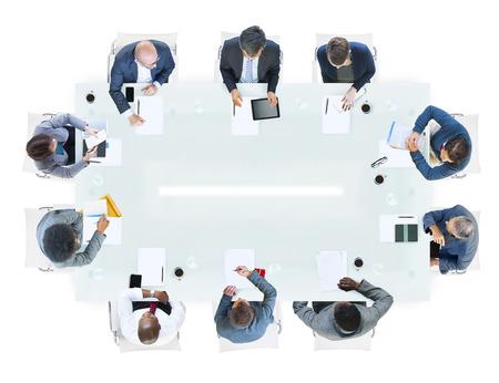 reunion de personas: Grupo de hombres de negocios diversos en una Reuni�n