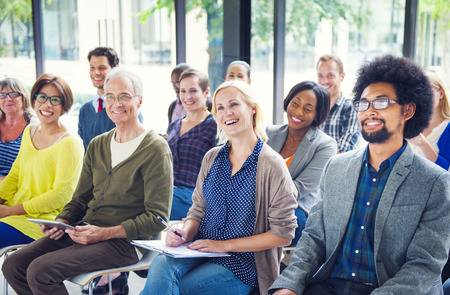 reconocimiento: Grupo de diversa audiencia Alegre Multiétnica