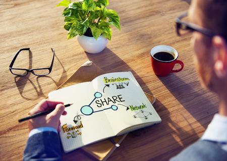 Bureau Table avec partage Concept Banque d'images - 31312214