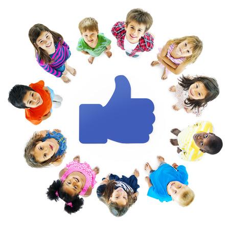 Social Media Kids Stock Photo - 31316011