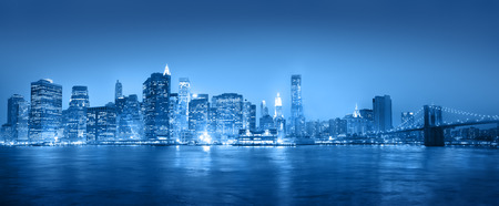 Light blue panaroma of New York city. Imagens