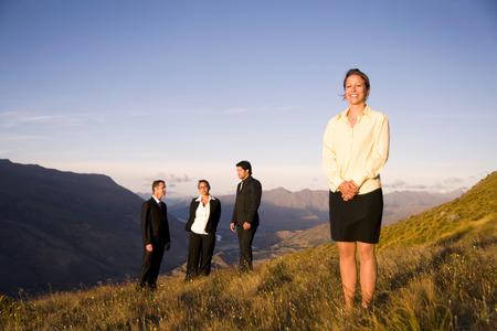 gente comunicandose: Concepto de la gente de negocios que comunica. Foto de archivo