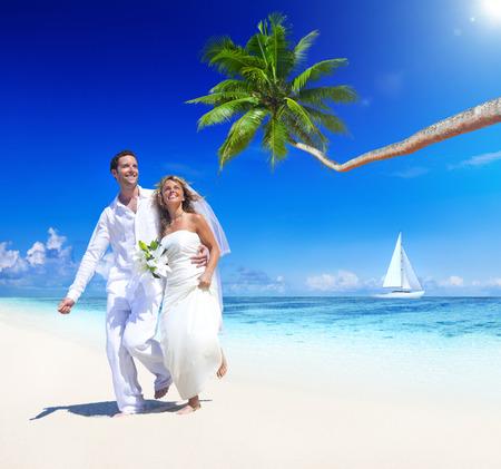 Spiaggia tropicale matrimonio. Archivio Fotografico - 31336754