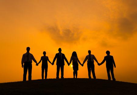 manos sosteniendo: Asociaci�n Foto de archivo