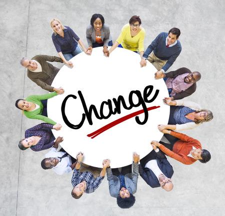 人々 は社会的なネットワー キングおよび変更の概念