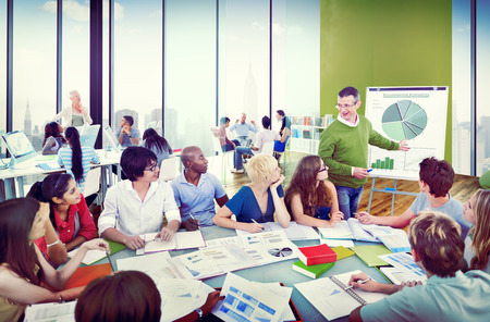 Diverse Students Learning from the Professor Standard-Bild