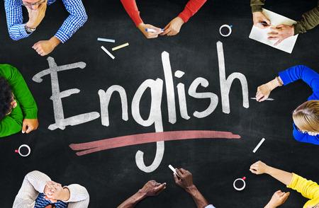 子供と英語の概念の多民族グループ 写真素材