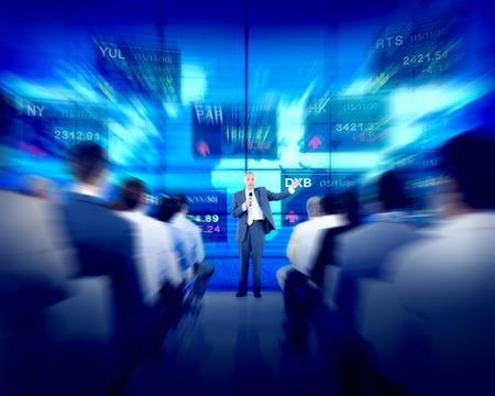 stock  exchange: Negocios Seminario Empresarial Gente Bolsa Concepto de Finanzas