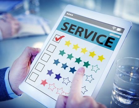 Customer Ranking an Online Service Quality