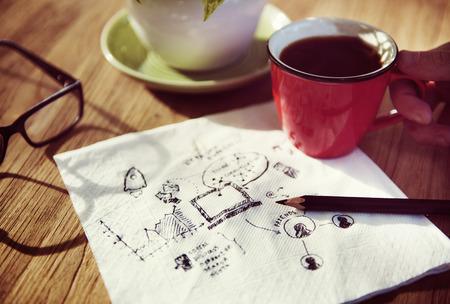 ナプキンにいくつかの概念を書き留めてください。 写真素材
