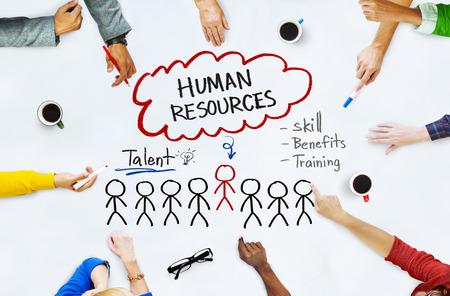 Handen op Whiteboard met Human Resources Begrippen Stockfoto