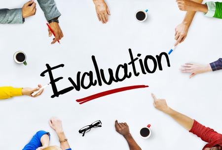 Multi-etnische groep van mensen en Evaluatie Concept Stockfoto