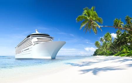Kreuzfahrtschiff Standard-Bild - 34403814