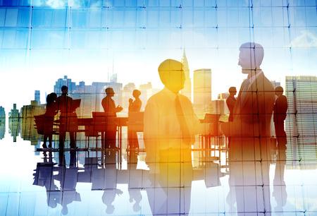 personas saludandose: Hombres de negocios de colaboraci�n en equipo Trabajo en equipo Peofessional Concept Foto de archivo