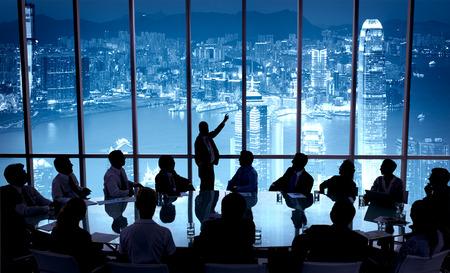 홍콩 사무소 지역에서의 프리젠 테이션 팀 스톡 콘텐츠