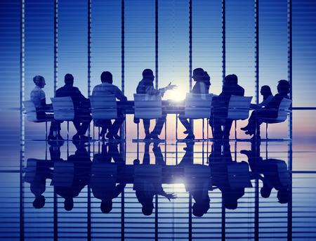 reunion de trabajo: Negocio Reuni�n retroiluminada Estrategia Profesional Concepto Foto de archivo