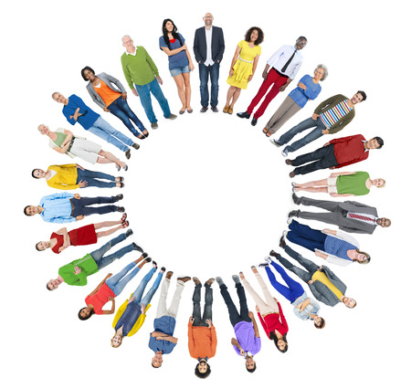 Multi-etnische groep van personen met Copyspace