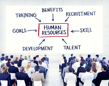 recursos humanos: Hombres de negocios de aprendizaje Acerca de Recursos Humanos