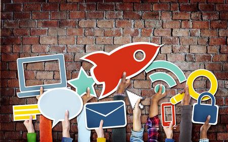 Diverse Handen Die Technology Symbolen Stockfoto