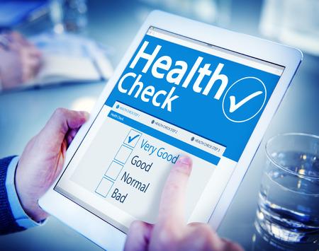 Digital Health Check concepto del cuidado médico Foto de archivo - 35337009