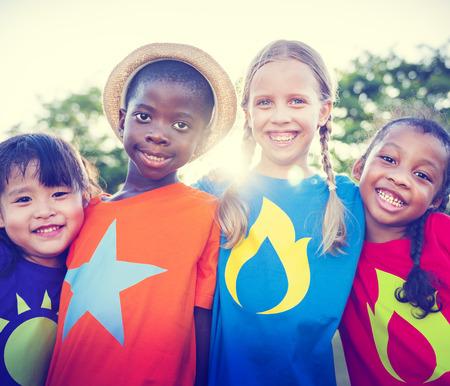niños africanos: Niños Amistad Vinculación Aire libre Alegre Concepto