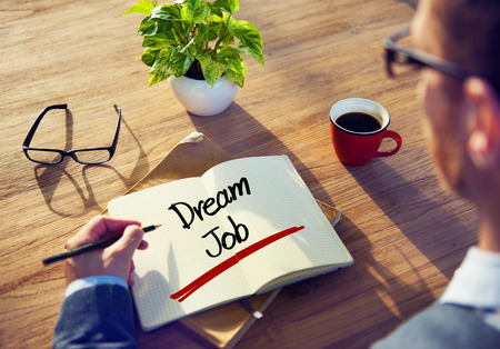 dream vision: Businessman with Note About Dream Job Concepts