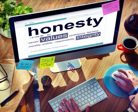 definicion: Hombre de leer la definición de la Honestidad