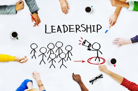 リーダーの概念にホワイト ボード上の手 写真素材