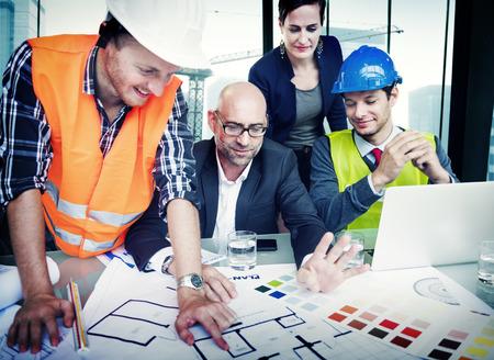 Business People en Architecten in een vergadering Stockfoto