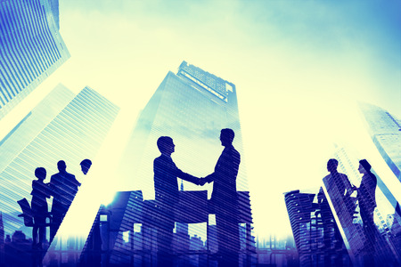ビジネス ハンドシェイク企業会議都市の概念 写真素材 - 35342091