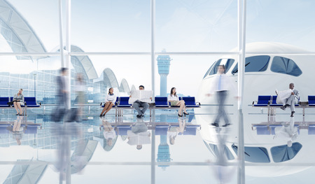 空港のビジネス人々 のグループ