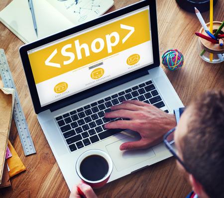 online shop: Digital Online Shop Commerce Market Office Concept