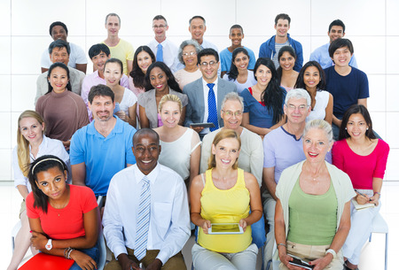 Concetto sociale del pubblico di convenzione della diversa gente casuale del gruppo Archivio Fotografico - 38479043