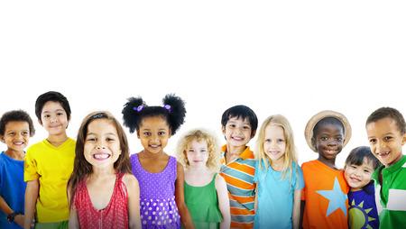 어린 아이의 happines 다민족 그룹 명랑 개념 스톡 콘텐츠