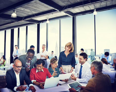obreros trabajando: Diverse Gente de negocios Trabajo Conferencia Paisaje urbano Cooperaci�n Trabajo en equipo