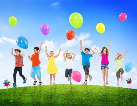 Children Kids Fun Summer Balloon Celebration Healthy Lifestyle 版權商用圖片