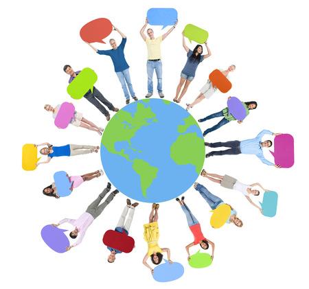 mensen kring: Global World Map Mensen Circle Geluk Saamhorigheid Vrolijke Concept