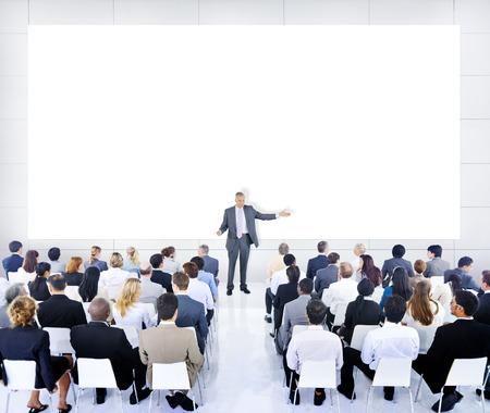 ビジネス人々 会議リーダー スピーカー チームワークのコンセプト 写真素材