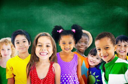 diversidad: Diversidad Niños Amistad Inocencia Concepto Sonreír