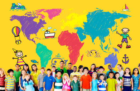 Kids World Voyage Aventure Imagination Concept Voyage Banque d'images - 39109021