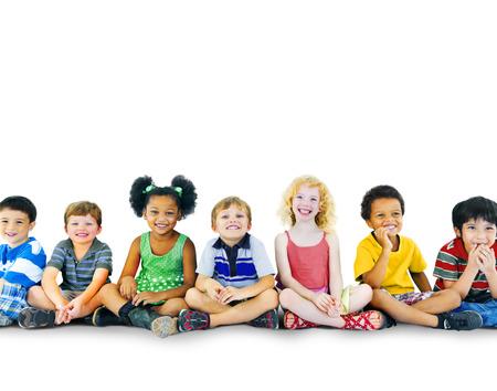 Kinderen Kids Geluk multi-etnische groep Vrolijke Concept