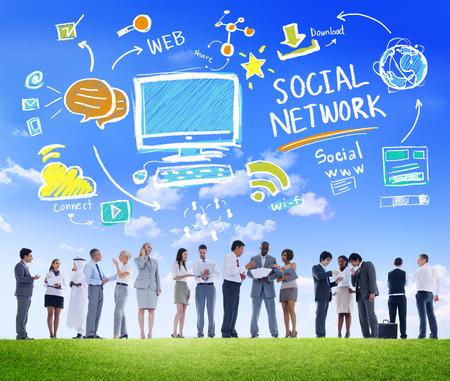 comunicación: Redes Sociales Social Media Gente de negocios Comunicación Concepto
