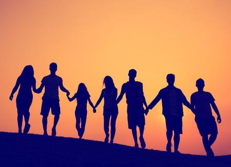 agarrados de la mano: Amistad, Uni�n, Unidad Amigos Concepto Foto de archivo