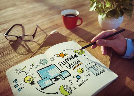 Responsive design Internet Web de travail Brainstorming Concept apprentissage Banque d'images - 39197019