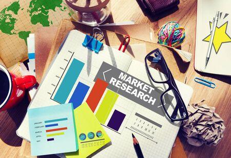 estrategia: Investigaci�n del mercado Porcentaje de Investigaci�n de Mercados Estrategia Concepto Foto de archivo