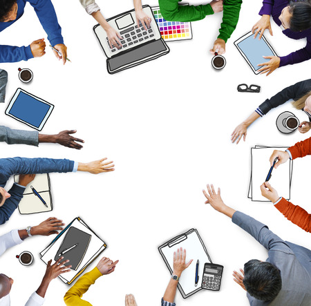Diversiteit Casual Kantoor Mensen brainstormen Teamwork Concept