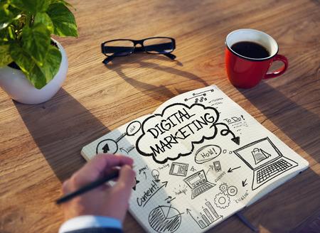 Działa Notatnik Strategia Planowania Digital Marketing Concept